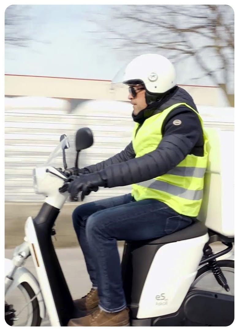 gps geo-tracking-coursiers-livreur-moto