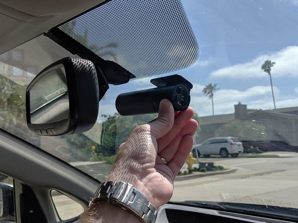 comment installer une camera de tableau de bord dvr gps au maroc