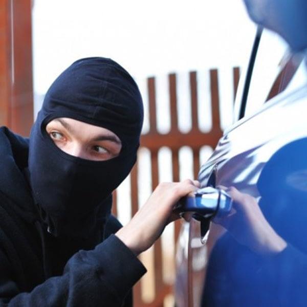 Empêcher la voiture d'être volée sur le territoire marocain